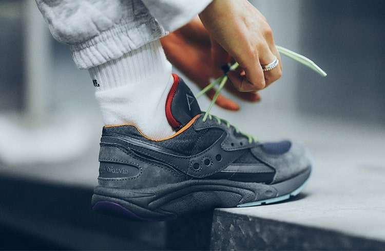Saucony × Raised by Wolves AYA1-min.jpg